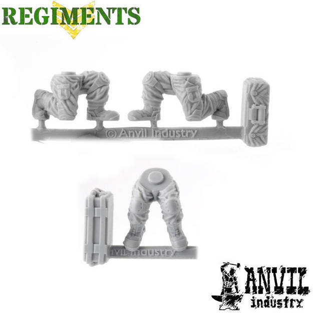 Picture of Fatigue Legs - Male Sitting / Kneeling (3)